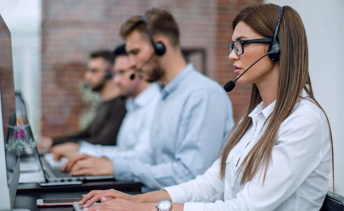 Benchmarks and Metrics in a Contact Centre